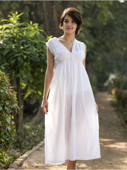 Francoise Nighty : White