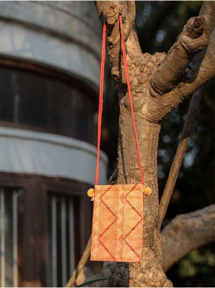 Sling Bag : Madallion Red