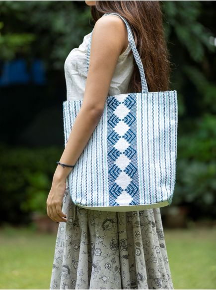 Upcycled Shopper Bag : Taat Embroidered Blue & White