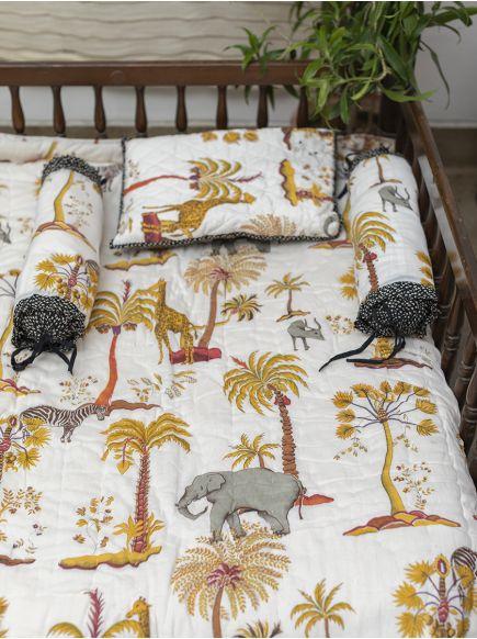 Baby Bed Set : Safari White-Black