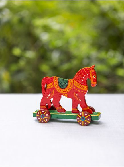 Pull Along Hand Painted Animal : Horse Assorted