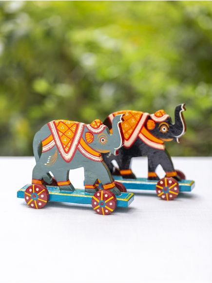 Pull Along Hand Painted Animal : Elephant Assorted