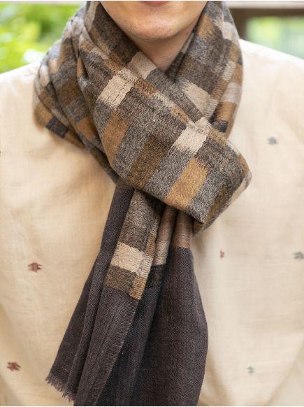 Ikat Soft Wool Stole : Beige on Grey