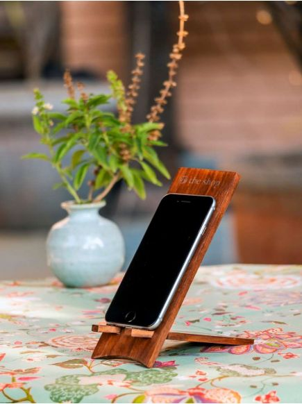 Foldable Mobile Stand : Wooden
